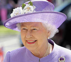 Queen Elizabeth admitted to hospital with stomach bug